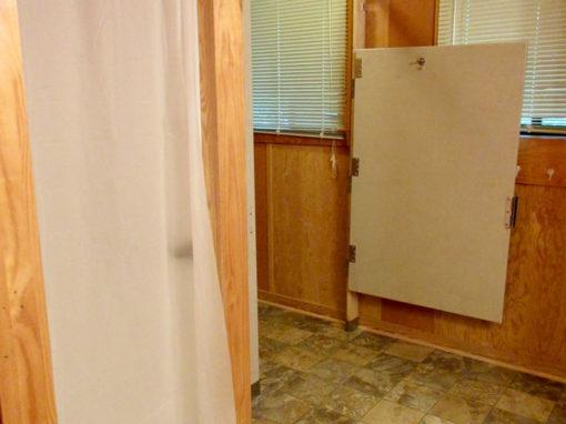 Camp Oak Hill Cabin Bathroom 2
