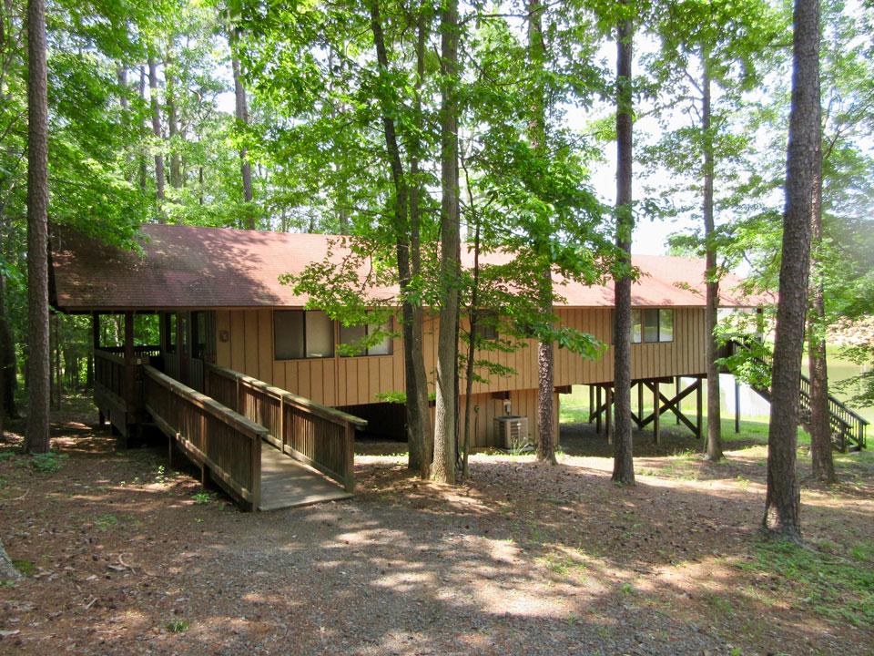 Camp Oak Hill Cabin Lakeside
