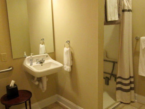 Camp Oak Hill Private Room Bathroom