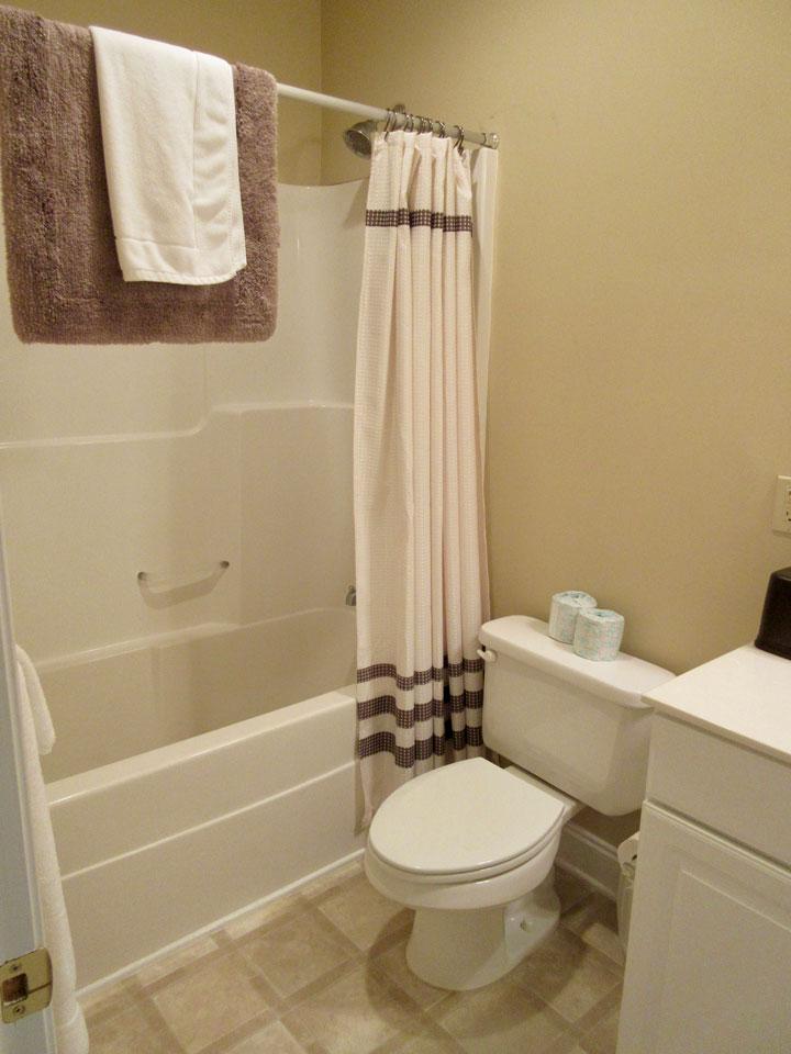 Camp Oak Hill Private Room Bathroom 2